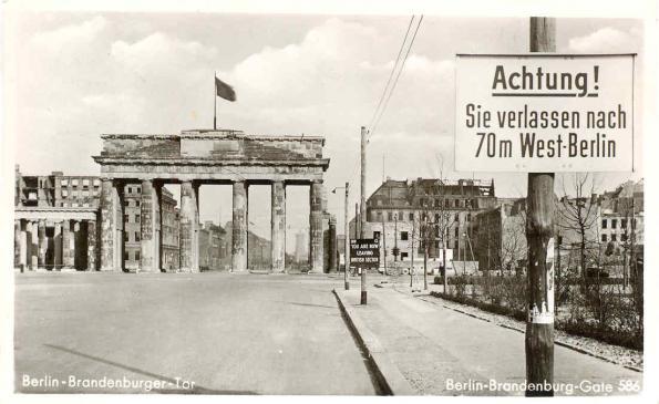 Brandenburger Tor efter andra världskriget